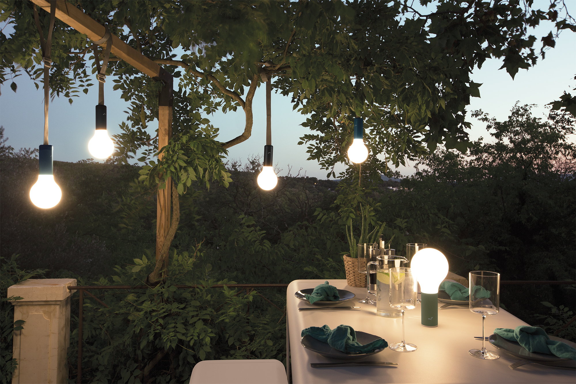 New Fermob : la lampe Aplô